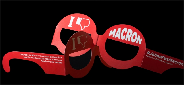 Macron-3071